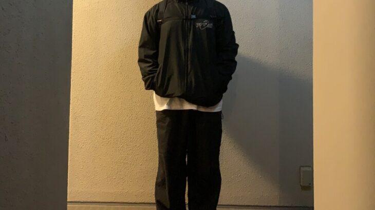 最近全身ブラックな服装になりがちな件